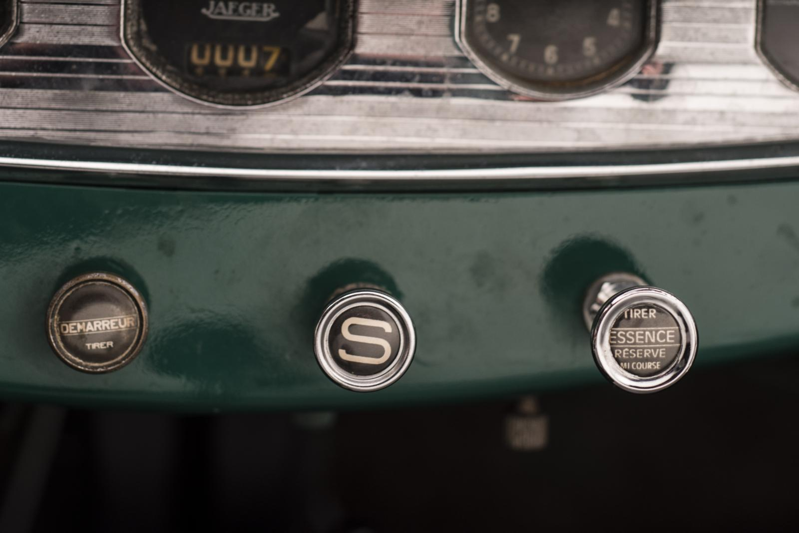 C4G Roadster - boutons centraux